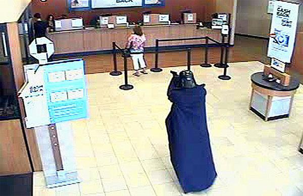 darth vader robs a bank