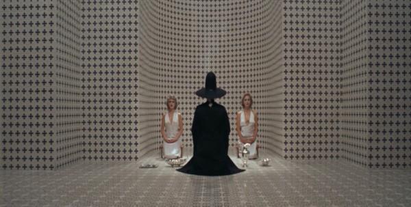 Alejandro Jodorowsky als Alchimist