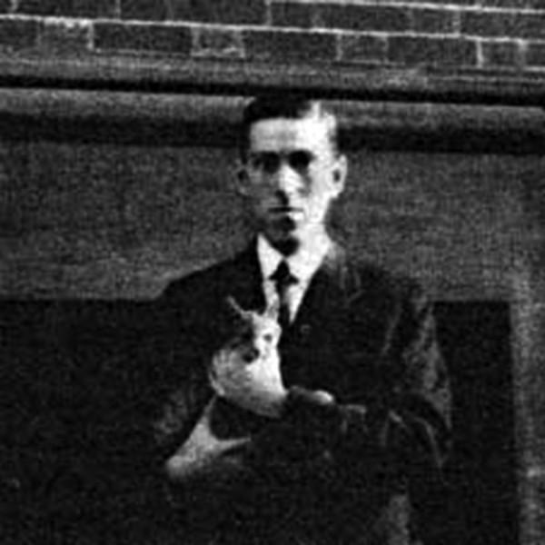 Lovecraft mit Katze