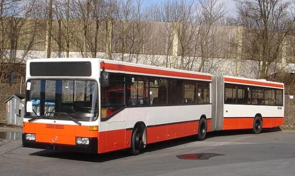 Bus - Symbolbild