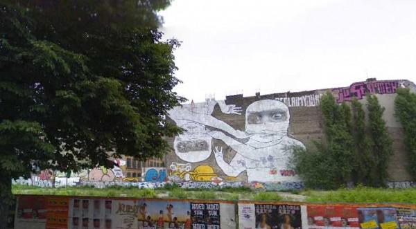 streetartcurvystrblu