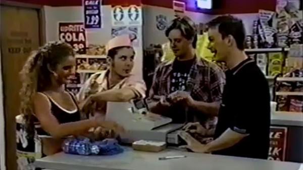 Screenshot aus der TV-Sitcom Clerks