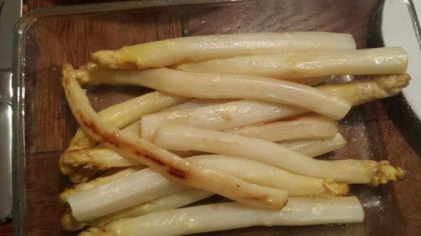 Spargel im Ofen zubereiten